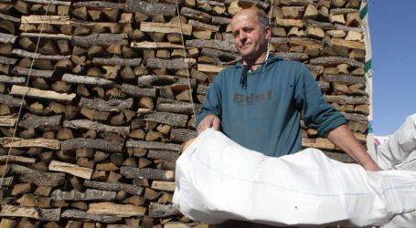 Σε ετοιμότητα οι επιχειρήσεις πώλησης ξύλων για να αντιμετωπίσουν τη ζήτηση
