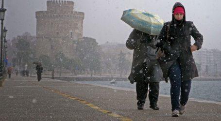 Ανοιχτά αύριο τα ΚΑΠΗ του Δήμου Νεάπολης Συκεών στη Θεσσαλονίκη για την παροχή προστασίας από το ψύχος