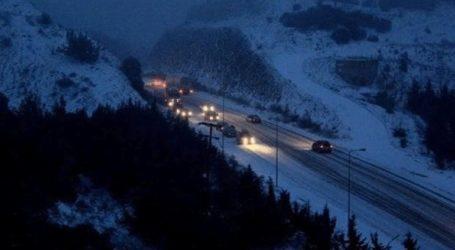 Ξεκίνησε η χιονόπτωση στα Τρίκαλα