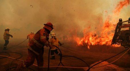 Ένας νεκρός πυροσβέστης και δύο τραυματίες από τις φωτιές στην Αυστραλία