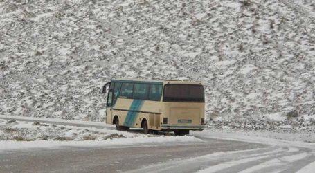 ΤΩΡΑ: Χάος στην εθνική οδό – 10 ώρες στον δρόμο 400 Βολιώτες με τα λεωφορεία του ΚΤΕΛ