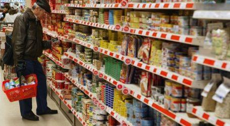 «Ουρές» κάνουν οι Βολιώτες στα σούπερ μάρκετ για τα ψώνια της τελευταίας στιγμής