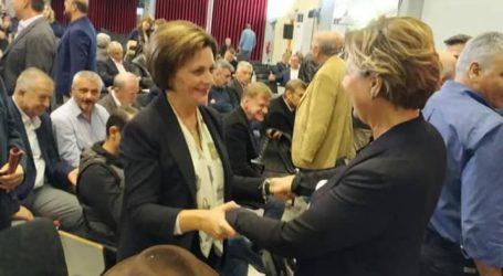 Κ.Ε. Ανασυγκρότησης ΣΥΡΙΖΑ: Θερμή υποδοχή στη Μαρίνα Χρυσοβελώνη