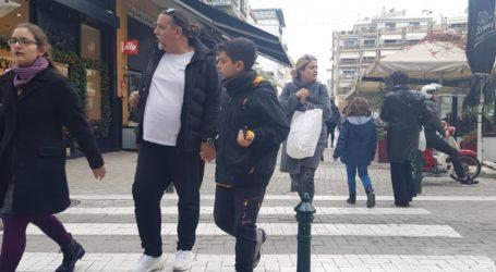 Βόλος: Ανοιχτά τα καταστήματα τις επόμενες Κυριακές – Όλο το εορταστικό ωράριο