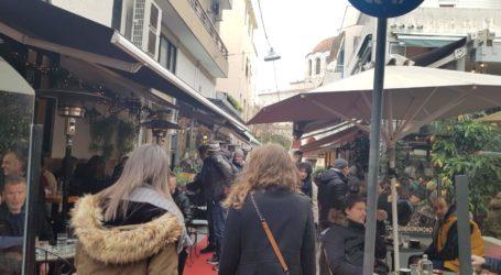 Βόλος: Μεγάλη αναμονή για έναν καφέ στο… Βολωνάκι! [εικόνες]