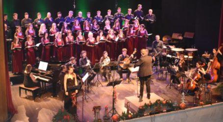 Εντυπωσίασε τους Λαρισαίους η μικτή χορωδία του ΔΩΛ στη Χριστουγεννιάτικη συναυλία της (φωτο – βίντεο)
