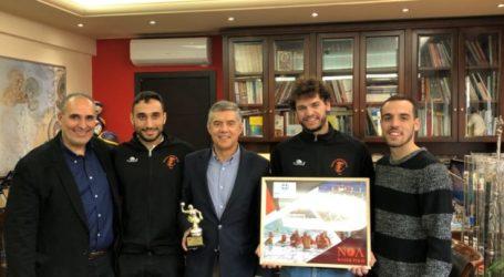 Με αθλητές του ΝΟΛ συναντήθηκε ο Κώστας Αγοραστός
