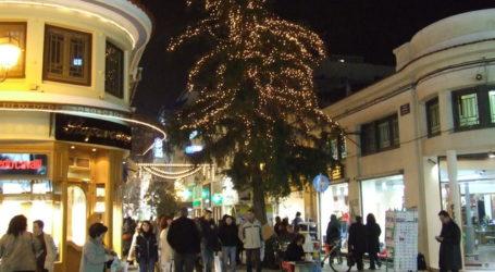 Το εορταστικό ωράριο στην αγορά του Βόλου και ο διαγωνισμός βιτρίνας