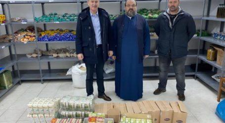 Προσφορά τροφίμων του Αστικού ΚΤΕΛ Λάρισας στα Συσσίτια της Ιεράς Μητροπόλεως