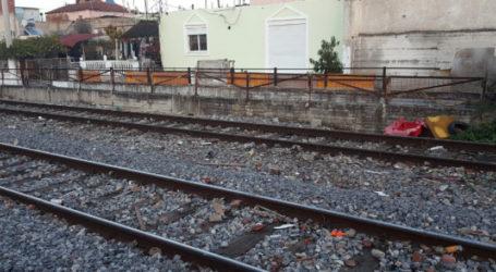 19χρονος Λαρισαίος ο νεκρός που παρασύρθηκε από τρένο – Τον αναγνώρισαν οι οικείοι του