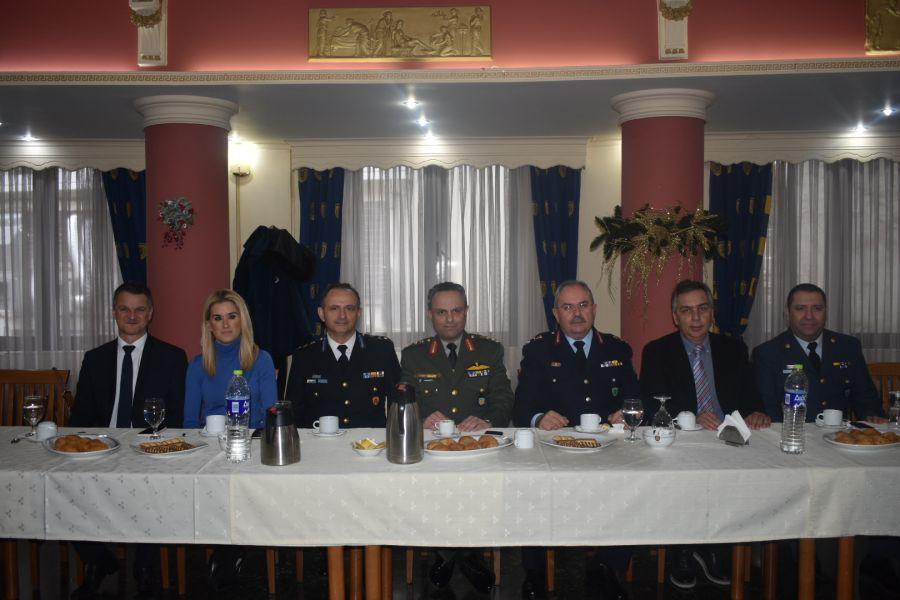 Λαμπροί εορτασμοί για τους προστάτες του Πυροσβεστικού Σώματος στη Λάρισα - Δείτε φωτογραφίες