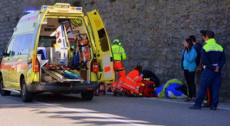 ΤΩΡΑ: Εκτροπή αυτοκινήτου έξω από τον Βόλο – Ένας τραυματίας