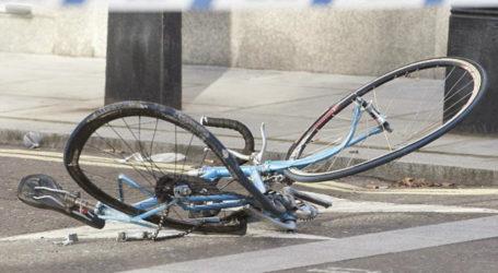 Βόλος: ΙΧ παρέσυρε ποδηλάτη στον περιφερειακό δρόμο