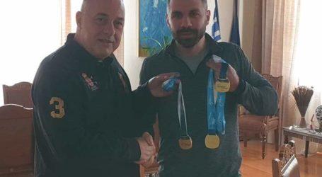 Στον Δήμαρχο Βόλου ο πρωταθλητής κωπηλασίας Α. Τιλελής