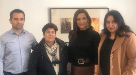 Με το Σύνδεσμο Σαρακατσαναίων Λάρισας «Ο Κατσαντώνης» συναντήθηκε η Στέλλα Μπίζιου