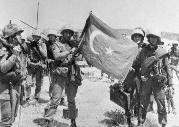 Ο Καντάφι βοήθησε τους Τούρκους στην εισβολή του 1974