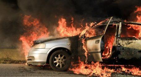 Στις φλόγες τυλίχθηκε αυτοκίνητο κοντά στο Βελεστίνο