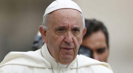Ο Πάπας ζήτησε συγγνώμη για το περιστατικό με την πιστή στον Άγιο Πέτρο