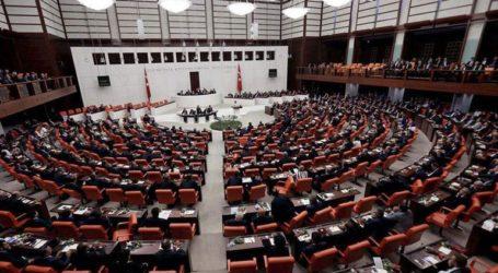 Το κοινοβούλιο ενέκρινε την ανάπτυξη στρατευμάτων στη Λιβύη