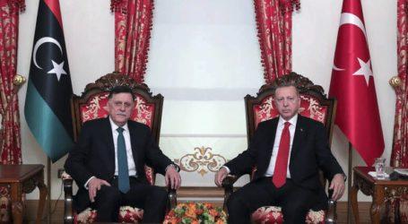 Το Κοινοβούλιο χαρακτηρίζει «προδοσία» το αίτημα για τουρκική στρατιωτική επέμβαση