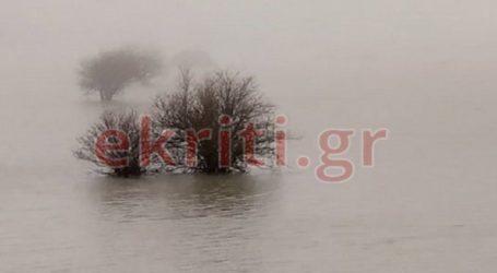 Το Οροπέδιο Λασιθίου μετατράπηκε σε μια απέραντη λίμνη