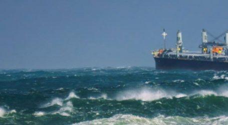 Συνεχίζεται η «Οδύσσεια» των 22 ναυτικών του φορτηγού πλοίου «ΑEOLOS»