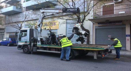 Ξεκίνησε η απομάκρυνση εκατοντάδων εγκαταλελειμμένων δικύκλων από τον Δήμο Αθηναίων