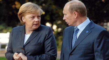 Πούτιν και Μέρκελ καλούν σε αποκλιμάκωση και σε διάσκεψη για τη Λιβύη