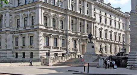 Το Φόρεϊν Όφις καταδικάζει τη σύντομη κράτηση Βρετανού πρεσβευτή στο Ιράν