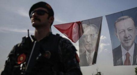Συνελήφθησαν ακόμη 176 στρατιωτικοί λόγω δεσμών με τον Φετουλάχ Γκιουλέν