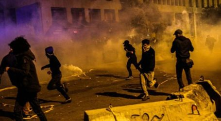 Δακρυγόνα και συγκρούσεις στη Βηρυτό, καθώς συνεχίζονται οι αντικυβερνητικές διαδηλώσεις