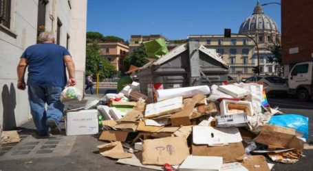 Γλάροι, σκουπίδια και λακκούβες – Η Ρώμη σε παρακμή