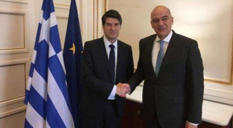 Συνάντηση Νίκου Δένδια με τον πρέσβη της Γαλλίας