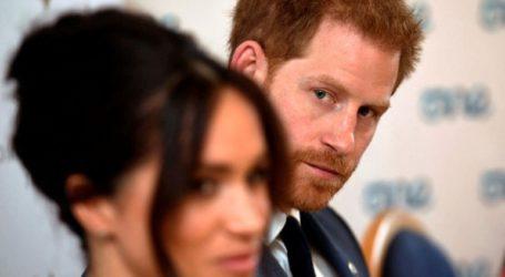 Ο πατέρας της Μέγκαν κατηγορεί την κόρη του ότι «φτηναίνει» τη βασιλική οικογένεια