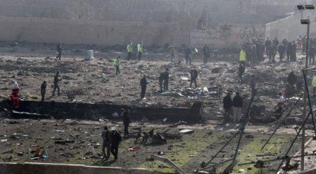 Η Ουκρανία επιμένει να της παραδοθούν τα μαύρα κουτιά του Boeing που κατερρίφθη στο Ιράν