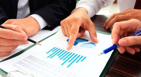 Οι επιχειρηματίες ανησυχούν, τα επιχειρηματικά δάνεια μειώνονται