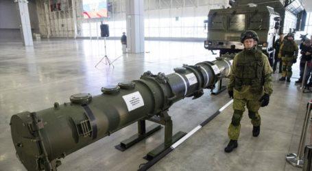 Οι ΗΠΑ θέλουν την Κίνα στις συνομιλίες με τη Ρωσία για τα πυρηνικά όπλα