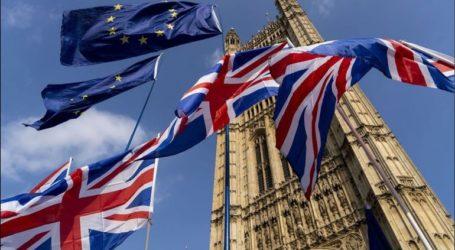 Οι πρόεδροι της Ευρωπαϊκής Επιτροπής και του Ευρωπαϊκού Συμβουλίου υπέγραψαν τη συμφωνία για το Brexit