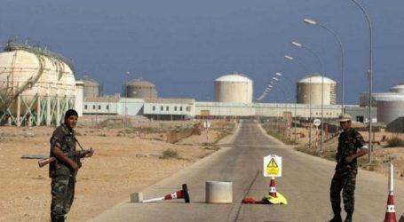 Ο αποκλεισμός των πηγών πετρελαίου πλήττει την οικονομία, δηλώνει ο κεντρικός τραπεζίτης