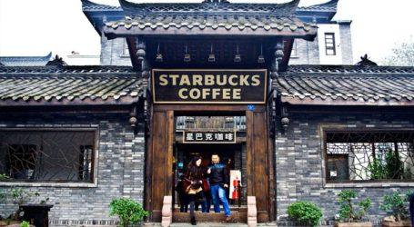 Η Starbucks κλείνει τα καταστήματά της στην επαρχία Χουμπέι