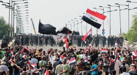 Τουλάχιστον τέσσερις νεκροί από τις συγκρούσεις διαδηλωτών και δυνάμεων ασφαλείας