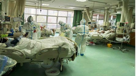 Επτά Κινέζοι τουρίστες μεταφέρθηκαν σε νοσοκομείο με υψηλό πυρετό και αναπνευστικά προβλήματα