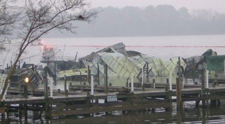 Τουλάχιστον οκτώ νεκροί από πυρκαγιά σε σκάφη στον ποταμό Τενεσί