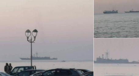 Συναγερμός στον στρατό του Χαφτάρ για την παρουσία πολεμικών πλοίων στην Τρίπολη