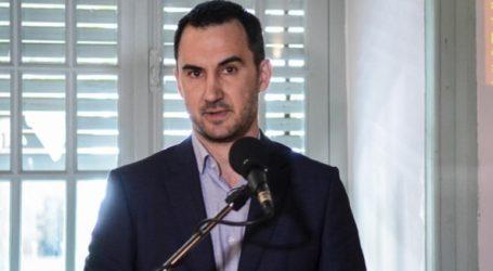 «Το σχέδιο για πλωτό φράγμα στο Αιγαίο δείχνει ότι η κυβέρνηση έχει χάσει κυριολεκτικά τη μπάλα»