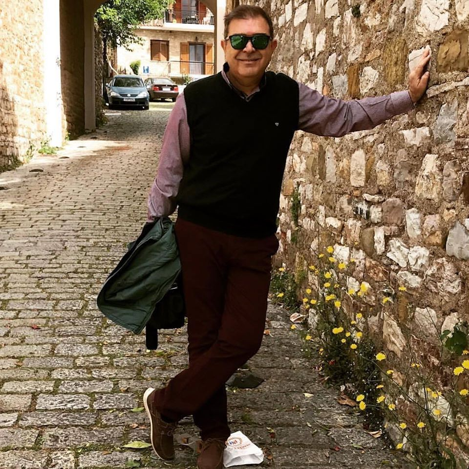 Λάρισα: «Έφυγε» ο γνωστός διαφημιστής Άγγελος Κωνσταντινίδης (φωτο)