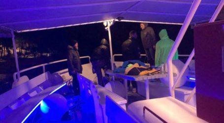 ΤΩΡΑ: Σκάφος προσεγγίζει τον «Πρωτέα» για να παραλάβει τους επιβάτες [εικόνα]