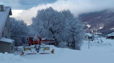 Ανοιχτό και σήμερα το Χιονοδρομικό κέντρο Πηλίου – Δείτε νέες εντυπωσιακές εικόνες