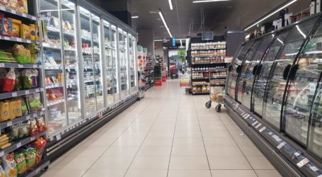 Βόλος: Χωρίς κόσμο και τα σούπερ μάρκετ την Κυριακή [εικόνες]
