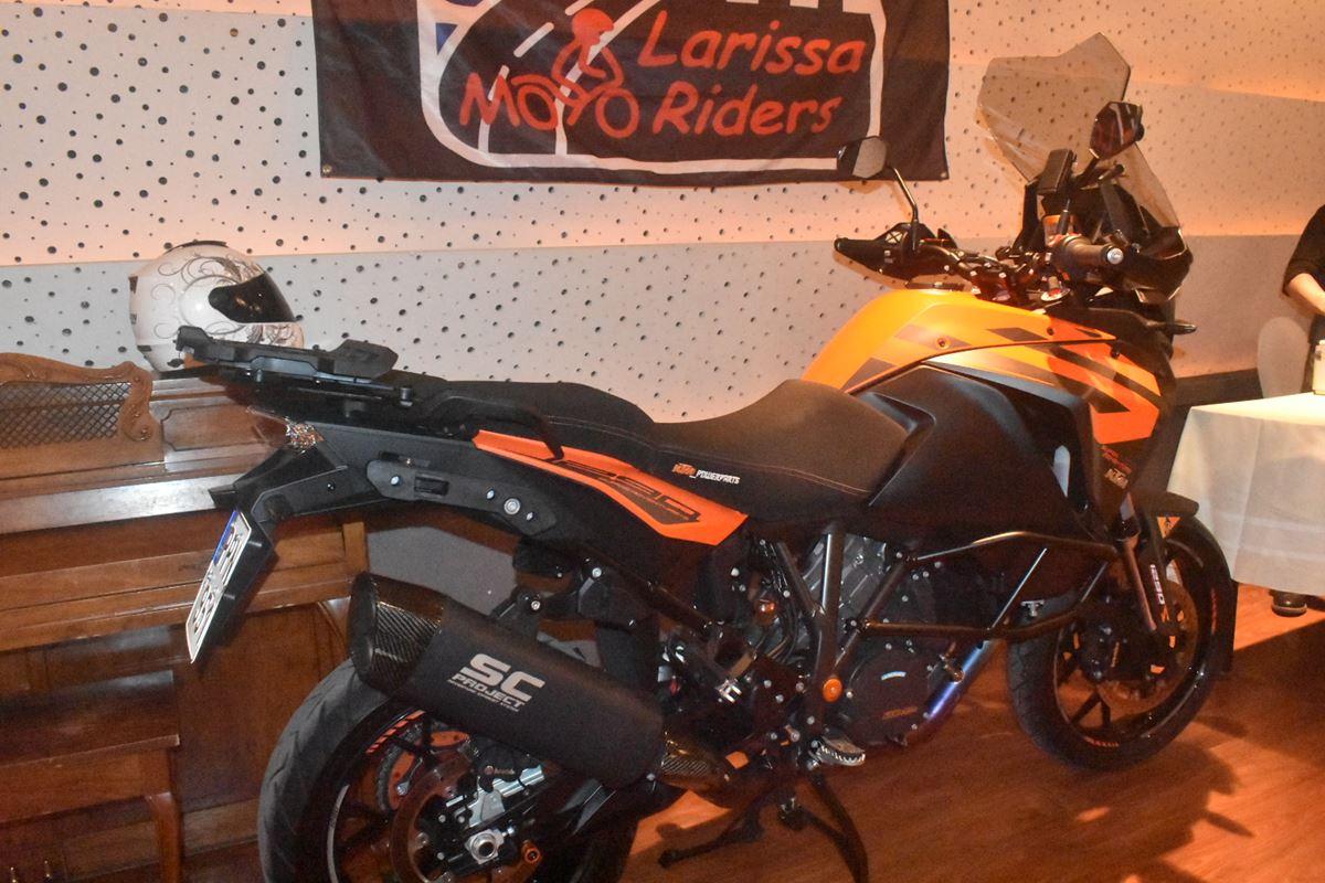 Χοροεσπερίδα και κοπή πίτας πολλών... κυβικών για τους Larissa Moto Riders (φωτο)